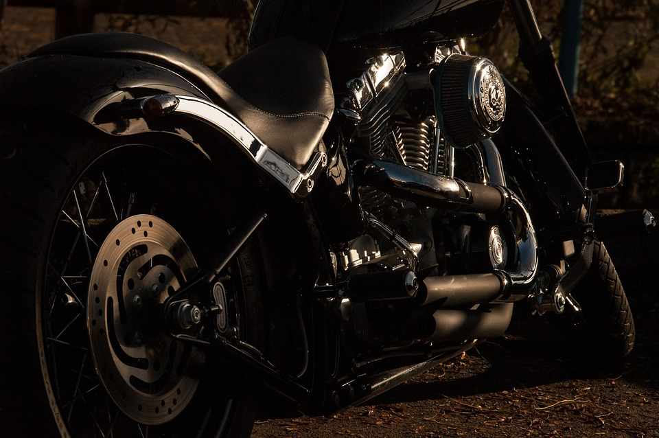 Jak bezpečně havarovat při jízdě na motorce